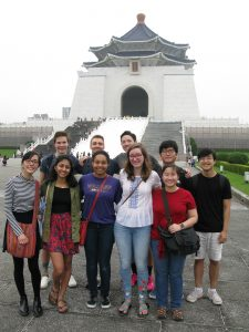 group photo in front of pagoda--CHIN 25 Taiwan Study Tour (WS 2019 travel course)